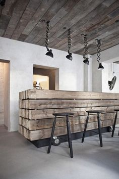 Rustic wooden ceilings at Höst, Copenhagen where you can enjoy excellent food, freshly prepared by head chef Jonas Christensen, in aesthetically pleasing surroundings. This restaurant is a mix of urban rustic with a twist of Nordic!