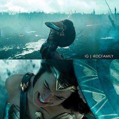 "Wonder Woman: ""No Mans Land."" Wonder Woman Movie, Gal Gadot Wonder Woman, Wonder Woman Cosplay, Dc Movies, Cinema Movies, Marvel Dc, Movie Intro, Dc World, Funny Fun Facts"