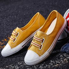 f4c390fef71 Color Block Flat Round Toe Casual Sport Sneakers-Berrylook   CasualSportSneakers  sneakersonline  cheapsneakersonline