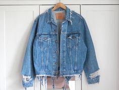Levi's Denim Jacket Oversized Destroyed Vintage Ripped