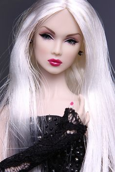 The Great Pretender | Lilith | « MissJay's Doll Blog