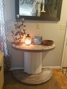 DIY Entry Way wire spool table Best Picture For wooden reel table patio For Your Taste You are looking for something, and it is going to tell you exactly what you are looking for, and you didn't find Wood Spool Tables, Rustic Decor, Farmhouse Decor, Wooden Spools, Wire Spool, Wooden Diy, Home Design, Design Ideas, Interior Design