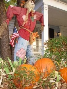 Scarecrow - Can't forget the American flag!
