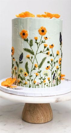 Beautiful Cake Designs, Gorgeous Cakes, Cool Cake Designs, Cake Decorating Designs, Cake Decorating Techniques, Pretty Birthday Cakes, Cake Birthday, Sunflower Cakes, Wedding Cake Rustic