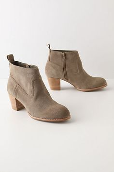 Short Excursion Booties