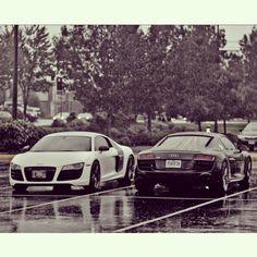 Audi R8 in love