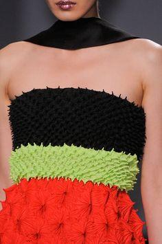 Close up Défilé Christian Dior Haute couture Automne-hiver 2013-2014 Paris