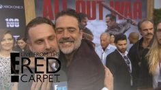 How Andrew Lincoln Broke Jeffrey Dean Morgan's Nose On-Set   E! Live from the Red Carpet - YouTube