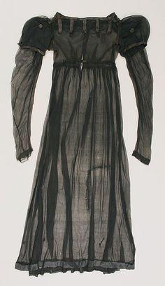 1812 Regency dress.