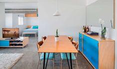 Marcenaria integra e dá privacidade neste apê de 45 m²