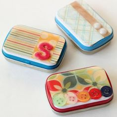 altoid tin craft with mod podge dimensional magic  Great idea to make and give as gifts for pill holders.  Could use the large and small Altoid tins......