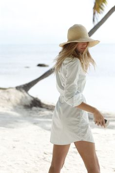 Uploaded by Find images and videos about cute, beautiful and summer on We Heart It - the app to get lost in what you love. Hippie Vintage, Hippie Boho, Summer Dream, Summer Beach, Palm Beach, Outfits Blanco, A Perfect Day, Summer Feeling, Beach Walk