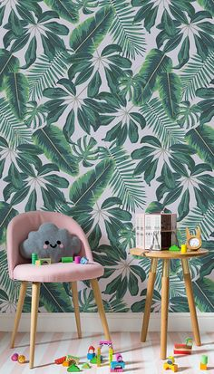 Travel to the tropics with this wonderful leaf wallpaper design. Cheerful illustrative leaves bring an exotic feel to your home, while the vivid greenery brings your interiors to life! Ideal for playful yet modern living spaces.