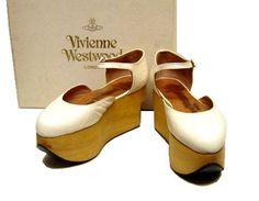 Vivienne Westwood : ロッキンホース・ベイビー   Sumally