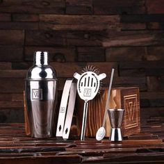Personalized Cocktail Shaker Mixer Sets with Wood Storage Box Monogrammed Engraved Groomsmen, Best Man Bartender Man Cave Gift Great Gifts For Guys, Cool Gifts, Unique Gifts, Awesome Gifts, Bf Gifts, Creative Gifts, Best Groomsmen Gifts, Groomsman Gifts, Personalised Gifts For Him