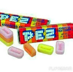 We used to love Pez candy and the Pez dispensers. 90s Childhood, My Childhood Memories, Great Memories, Retro Candy, Vintage Candy, Bonbons Vintage, Classic Candy, Candy Store, 90s Kids