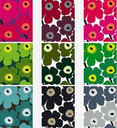 The classic Marimekko pattern. Apparently the designers at Marimekko were banned from designing floral patterns, but this got through. Marimekko Bedding, Marimekko Fabric, Marimekko Wallpaper, Marimekko Dress, Motifs Textiles, Textile Patterns, Print Patterns, Floral Patterns, Fabric Design
