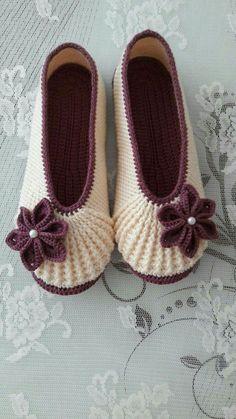 404 Not Found Crochet - Diy Crafts Crochet Boots, Crochet Clothes, Crochet Baby, Free Crochet, Knit Crochet, Knitting Patterns, Crochet Patterns, Crochet Slipper Pattern, Shoe Pattern