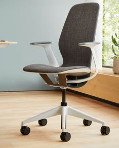 Steelcase Silq Chair Simplifies The Path To Ergonomic Nirvana   The Tech  Report Office Seating,