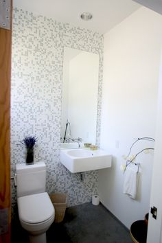 powder room tiled accent wall