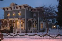 Feel like you have stepped back in time as you enter this BEAUTIFUL, historic, Italianate, Victorian on the National Historic Register. Located in a quintessential Vermont town, you can enjoy walking to fine dining.