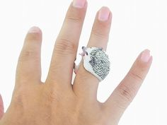 RELAX animal CLiNG Hedgehog ring, you can buy direct from Japan
