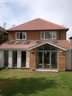 cladding or render extension House Extension Design, Extension Designs, Roof Extension, Extension Ideas, Extension Google, 1930s House Extension, Bungalow Extensions, Garden Room Extensions, House Extensions