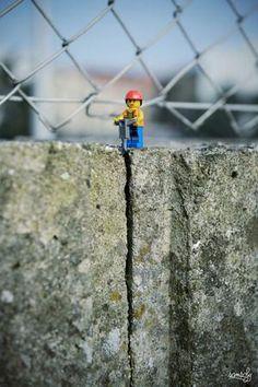 Foto van Wat deze kunstenaar met Lego doet, maakt je dag goed