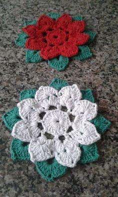 Crochet Flower Tutorial, Crochet Flower Patterns, Doily Patterns, Crochet Motif, Crochet Flowers, Crochet Stitches, Crochet Hooks, Crochet Christmas Ornaments, Holiday Crochet