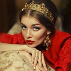 I LOVE BEING A QUEEN AND BEING ME ..I think it is sweet my husband calls me this though...Simply Fabulous D &G Love love LaFemmina