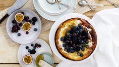 Pääsiäisaterian kruunaa ihanan täyteläinen pashan makuinen paistettu juustokakku. Tämäkin resepti vain n. 0,40€/annos*.