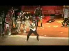 GET UP AND DANCE!! CLOWNING KRUMPING  ..wow how do they do it??