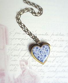 Heart Locket Necklace by lePetitFoyer