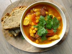 Een+heel+fijn+stoofpotje+dat+je+kunt+combineren+met+brood,+aardappels+of+couscous.+Ook+qua+kleur+past+het+goed+bij+de+herfst. + +http://degezondekok.nl