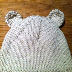 Stitch me Softly...: Sleepy Polar Bear Hat - knitting pattern