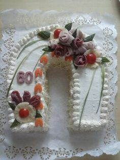 ** Sýrová podkova - slaný dort ** Food Decorations, Appetizers, Snacks, Drinks, Savory Tart, Pies, Tapas Food, Drinking, Beverages