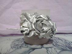 Flores resicladas de aluminio..
