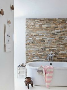Bring stone to the walls in your bath. Get it in your house some how.Bath with stone wall Bad Inspiration, Bathroom Inspiration, Beautiful Bathrooms, Modern Bathroom, White Bathroom, Bathroom Wall, Stone Bathroom, Design Bathroom, Natural Bathroom