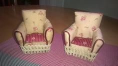 Uudet nojatuolit mummilaan.