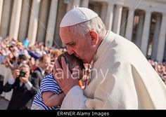 Vatican City. 27th May, 2015. #PopeFrancis General Audience in St Peter Square © Realy Easy Star/Alamy Live News