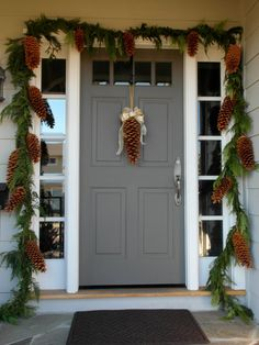 Huge Pinecones Decorator's Favorite by PineconeJunkie on Etsy, $25.00 - Decorating With Pinecones