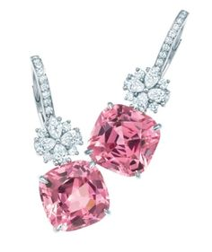 Diamond Earrings Tiffany pink spinel and diamond earrings set in platinum Do you love this? Diamond Earrings Jewel of the Day LUX cubic zirconia Tear Drop Bling Bling, Cowgirl Bling, Mode Rose, Diamond Drop Earrings, Sapphire Earrings, Pink Earrings, Diamond Jewelry, Dangle Earrings, Tourmaline Earrings