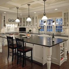 like pendant lights over island like white with dark counter tops. Black Bedroom Furniture Sets. Home Design Ideas