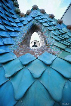 Blue | Blau | Bleu | Azul | Blå | Azul | 蓝色 | Indigo | Color | Form | Texture | Barcelona ~ Guidi