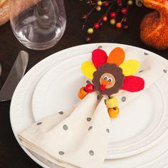 thanksgiving-napkin-rings-main-tm-1114.jpg