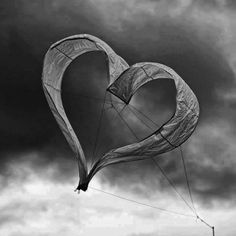 """I absolutely adore this heart shaped kite! I adore this beautiful meaningful picture that was posted on his page. I wanted to share this picture of """"fleeting love""""! Meaningful Pictures, Go Fly A Kite, Gray Matters, Fire Heart, Heart Decorations, Amazing, Black And White, Photography, Outdoor"""