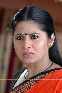 Saree Poses, Indian Girls Images, Actress Pics, Most Beautiful Indian Actress, South Actress, Rare Pictures, Indian Beauty, Indian Actresses, Beautiful Women