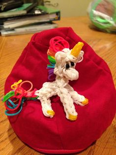 Another adorable MY LITTLE PONY UNICORN loomed by Donna Lorber on the Rainbow Loom. Design by Joni Olson with inspiration from designs by PG's Loomacy, Crafty Ladybug and MarloomZ Designs. Tutorial created by Made by Mommy for Joni Olson Tinkerings. Click photo for YouTube tutorial.