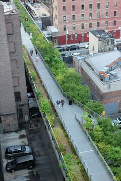 James Corner Field Operations and Diller Scofidio + Renfro Urban Landscape, Landscape Design, New York High Line, Structural Model, Urban Design Diagram, Linear Park, Urban Agriculture, New York City Travel, Social Housing