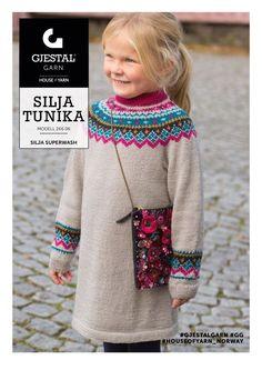 Dagens gratisoppskrift: Silja Tunika | Strikkeoppskrift.com Tolle Auswahl bei divafashion.ch. Schau doch vorbei